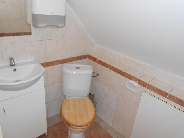 1. toaleta 2 NP