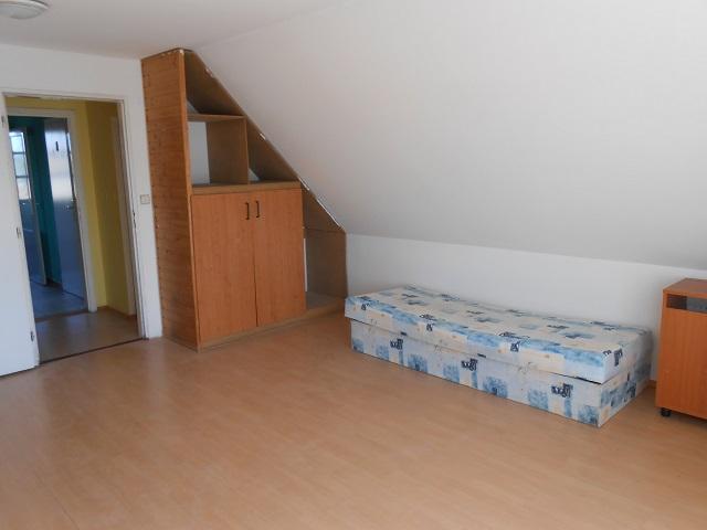Velký pokoj 2 NP - levá strana