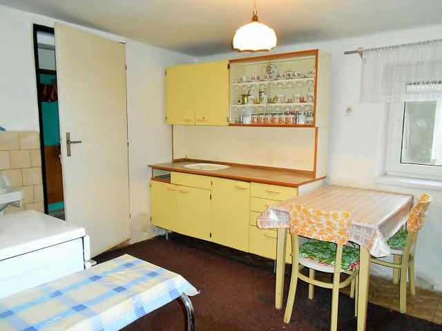 Kuchyně pohled z ložnice