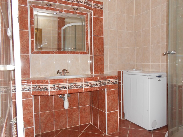 Koupelna s WC, umyvadlo