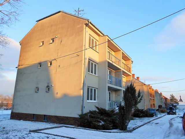 Pohled na dům zleva