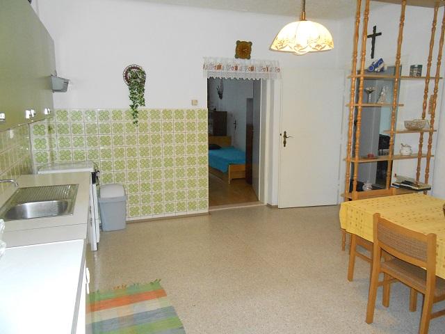 Kuchyně od chodby 2