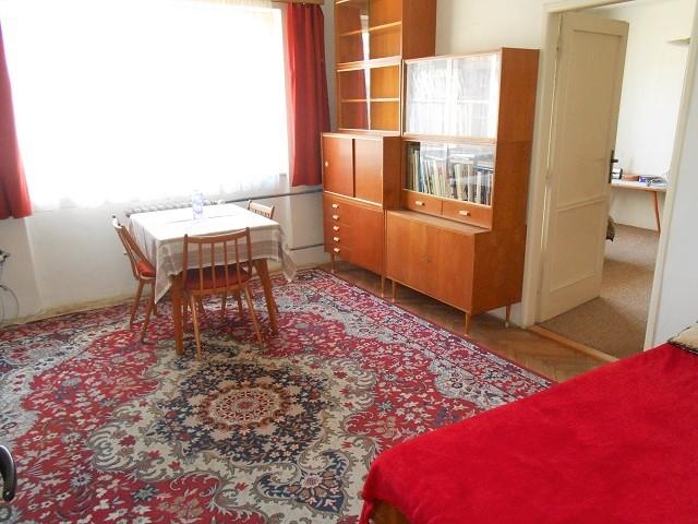 Obývací pokoj k ložnici