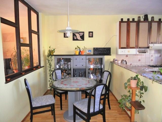Kuchyně 1. NP - jídelna
