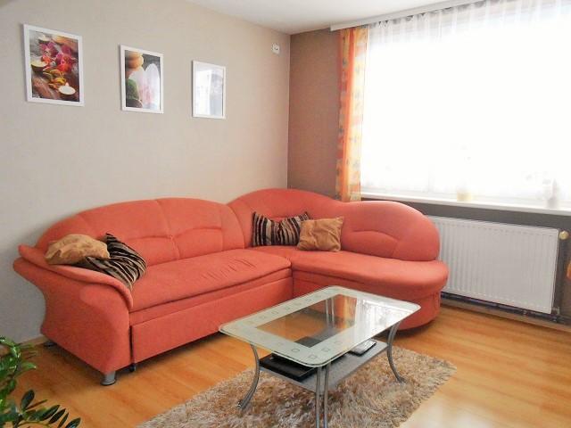 Pokoj 2 (obývák)