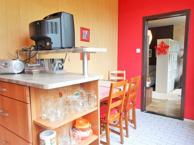 Kuchyně, pohled ke vstupu
