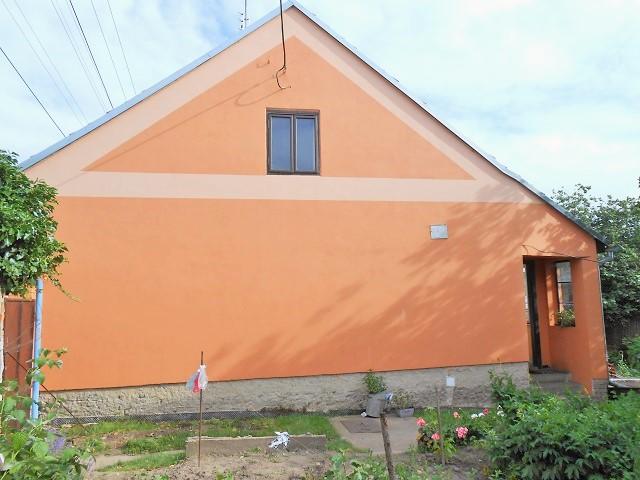 Pravá strana domu