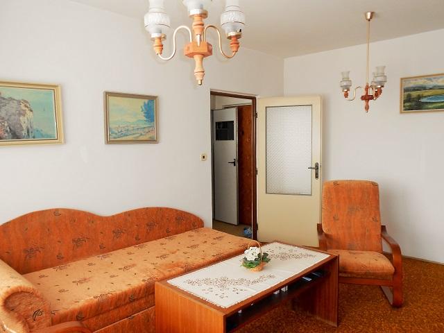 Pokoj, pohled od balkonu