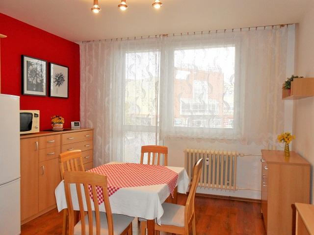 Kuchyně, pohled z předsíně