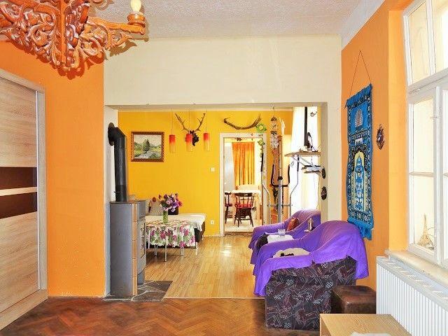 Obývací pokoj, pohled od chodby