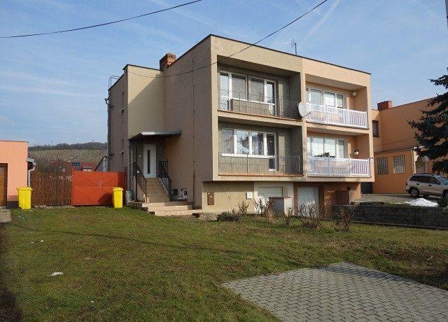 Prodej rodinného domu 4+4, 214 m², Perná