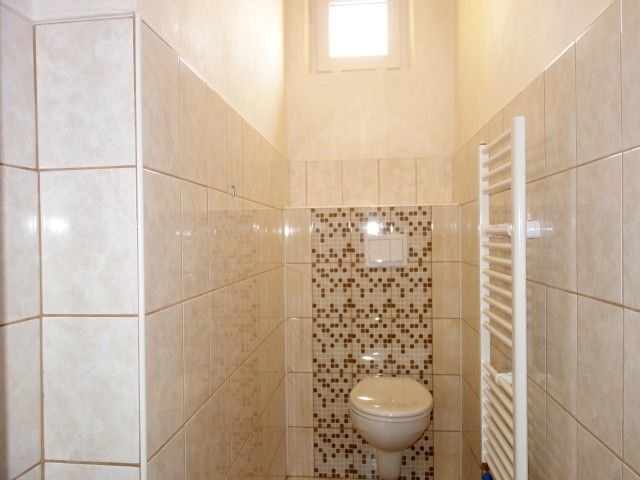 Toaleta ve 2. patře