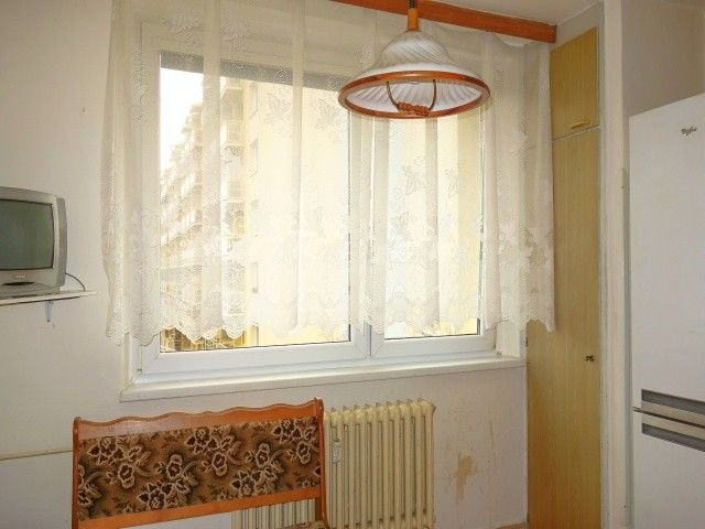 Kuchyně, pohled k oknu