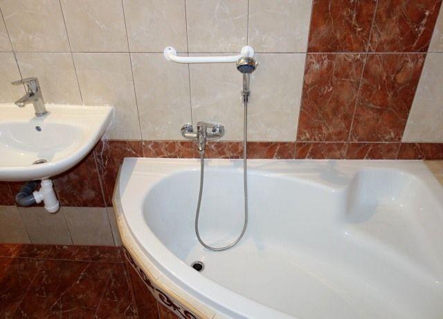 Koupelna, pravá část
