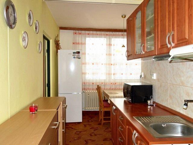 Kuchyně, pohled od předsíně