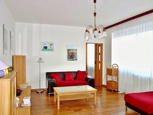 Obývací pokoj, pohled od vstupu