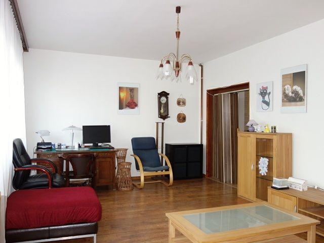 Obývací pokoj pohled ke vstupu