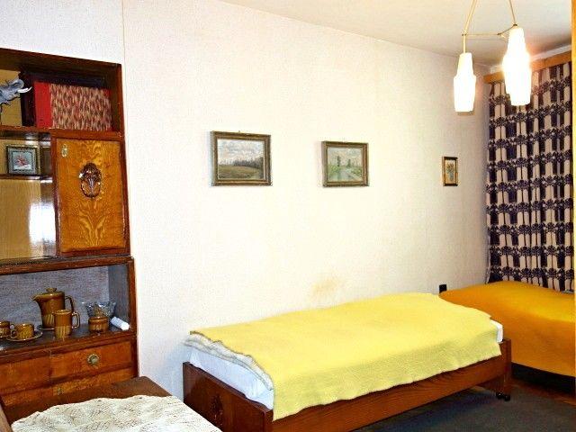 Ložnice, pohled od vstupu
