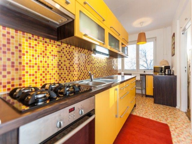 Kuchyň, pohled od vstupu
