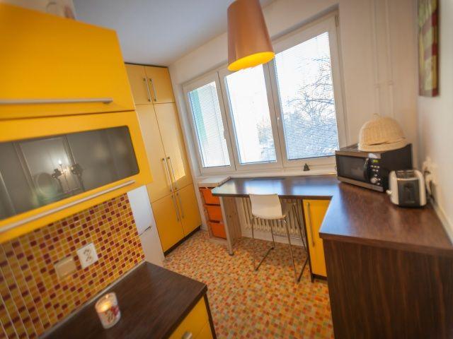 Kuchyň, pohled ke spíži