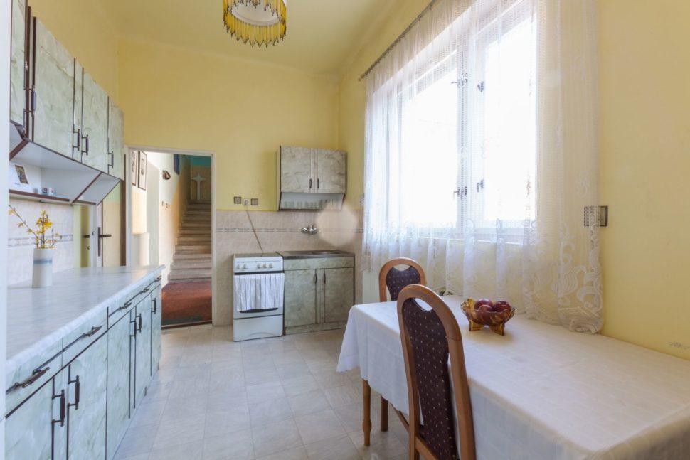 Kuchyně 9,9 m²