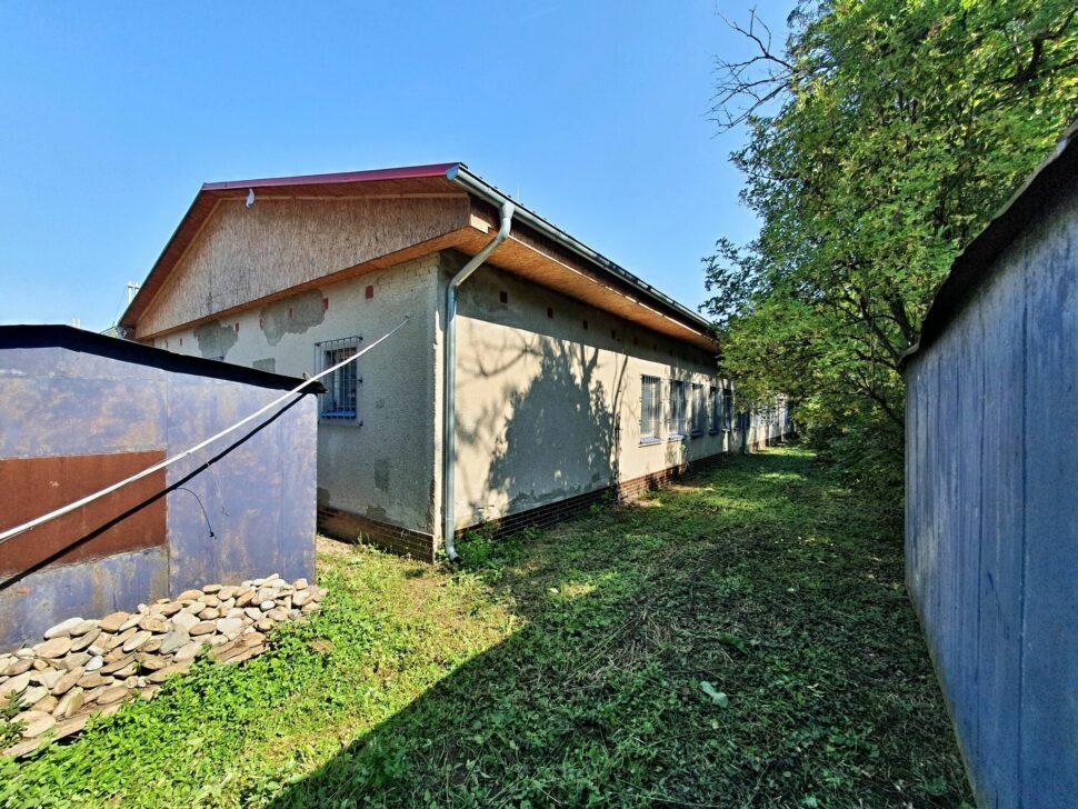 6-210802-001-Plechové garáže zastolárnou